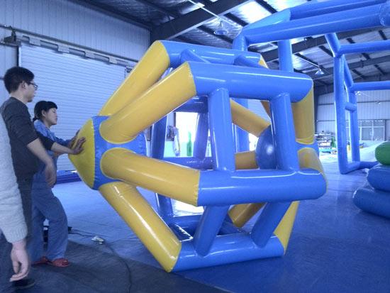 滚筒_大型充气玩具,水上乐园,充气滑梯,鲨鱼大滑梯,移动水乐园,支架水池—游泳设备有限公司充气水世界
