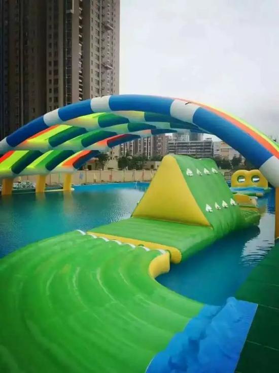 移动水上乐园到底有多好玩的图片